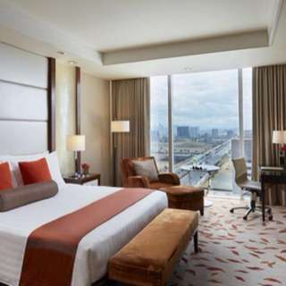 Solaire Deluxe Room Accomodation (March onwards)