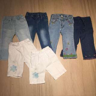 Bundle of 6 pairs of jeans for girls
