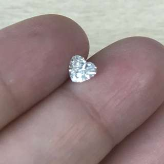 Certified 0.42Ct Heart Shape Diamond - F VS1