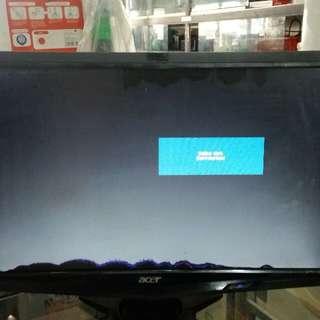 Monitor LCD Acer 19inch, minus layar berpulau