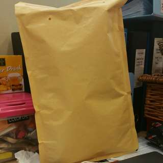 New bubble wrap brown envelope