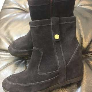 正品TOMMY HILFIGER 麂皮內增高短靴