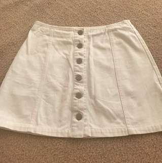 Pare-Basic White Denim Skirt