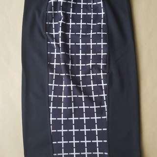Bandage skirt / rok hitam ketat
