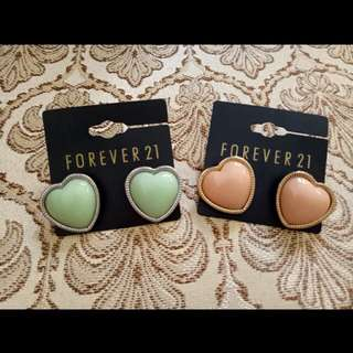 Forever 21 Heart Earrings Set