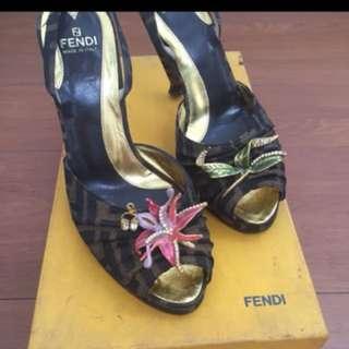 Sepatu Fendi authentic size 38