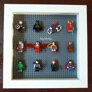 Display Board with 12pcs Minifigs (justice League)