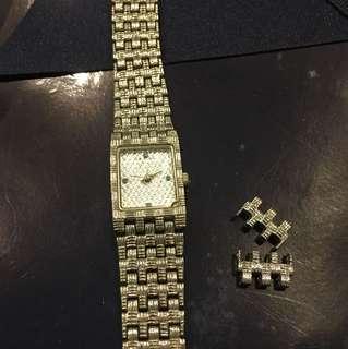 復古藍寶手錶、喜歡的帶走💋太久沒戴所以沒去更換電池