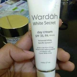 Wardah white secret day cream 17ml