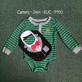 Carters Onesie and Bib Set