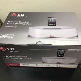 (UBT) LG ND2530 wireless speaker W Lighting Dock