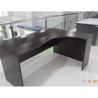 ALPHA SERIES L TYPE OFFICE TABLE--KHOMI
