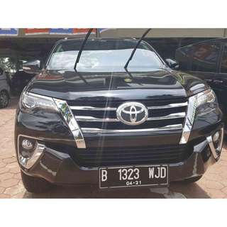 2016 Fortuner VRZ AT Hitam Metalik
