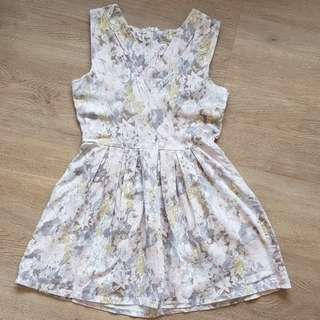 [USED] Floral Dress