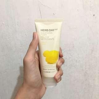 Thefaceshop Herb Day Lemon Cleansing Foam