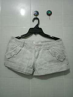 White Hot Pant