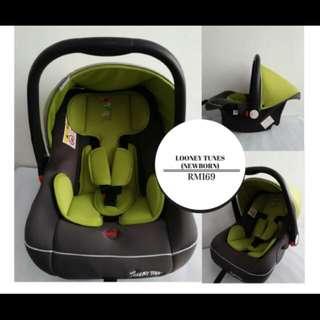 Looney Tunes Baby Car Seat
