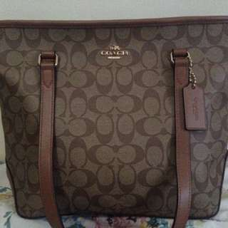 Coach aunthentic zip tote bag