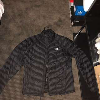 North face puffer down jacket small