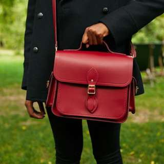 [perorder] The Cambridge Satchel Company leather bag with side pockets