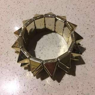 FREE SHIPPING: Gold Stud Bracelet