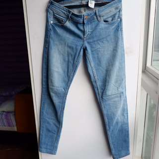 H&M Faded Skinny Jeans