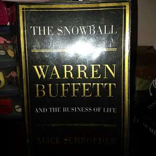 Bn Warren Buffet And The Business Of Life : The Snowball