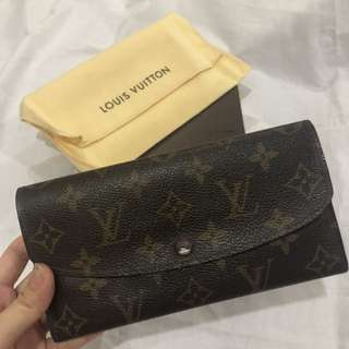 LV long wallet (Emilie)
