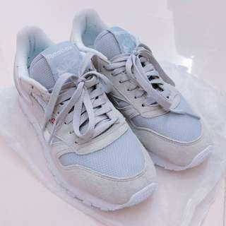 👞REEBOK白灰波鞋 (只穿幾次) DUM左鞋盒了