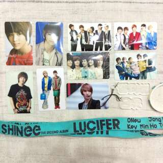 🚚 SHINee 非官方周邊 卡貼 小卡收藏本 手環 壓克力姓名吊飾 長鍊吊飾