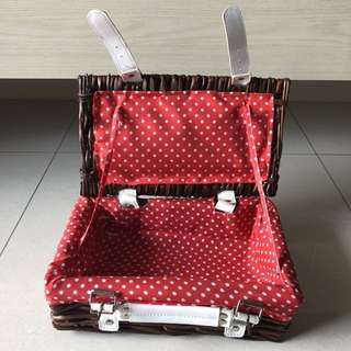 Rattan Picnic Basket  with Polka Dots Inner Lining