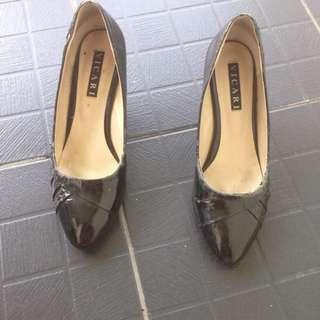 Sepatu Pantofel Black Sz 40
