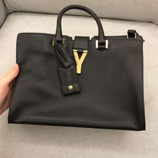 Yves Saint Laurent YSL medium size handbag 手袋
