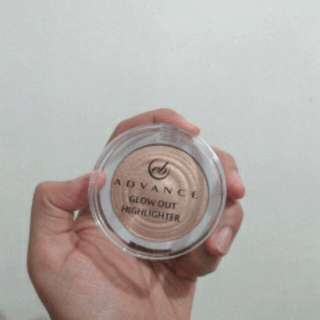 Everbelena highlighter
