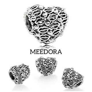 LOVE & KISSES CHARM PANDORA