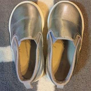 Baby gap silver slip on sneakers