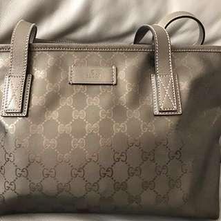 Gucci 手挽袋 側背袋 100% real, 真品, 70% new, 細size, 有拉鍊,PVC物料