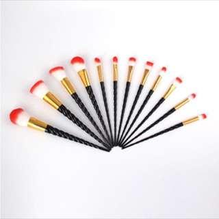 12pcs Black Spiral Make Up Brushes