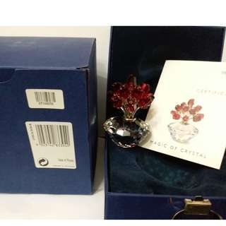 Swarovski Crystal Jubilee Edition Vase with 15 Red Roses