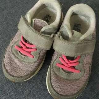 Zara Baby Shoe size 25