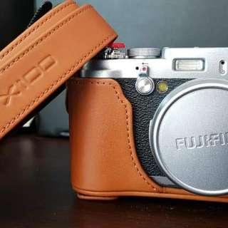 Fujifilm X100s Mirrorless Camera [Repriced]