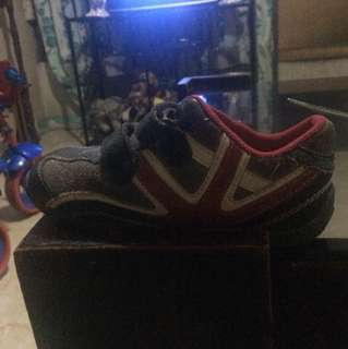 for sale boy's shoes size 26