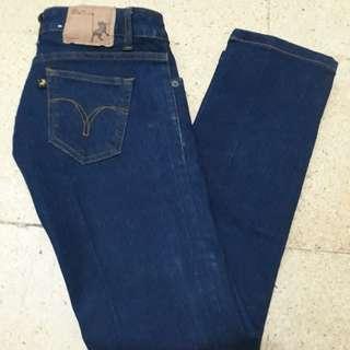Celana Jeans Lois 28