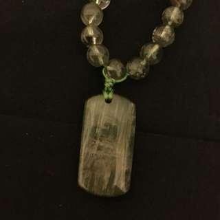 綠髮、綠幽靈頸鏈