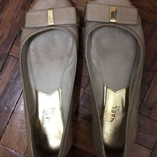 Preloved Authentic Michael Kors Flat Shoes