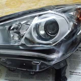 Headlamp Myvi Icon with Daylight and Headlamp Myvi Se 2