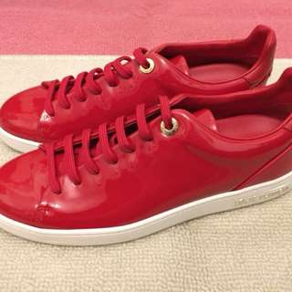 New LV shoes
