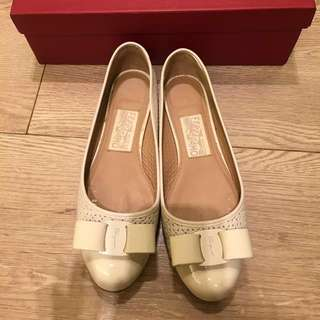 Salvatore Ferragamo VARINA CUT shoes