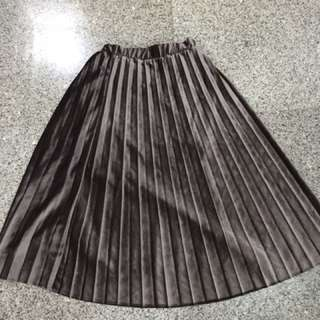Skirt pleats bahan velvet mocha brown