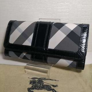 Authentic Burberry Nova Check Wallet